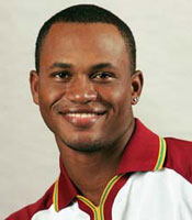 Marlon Samuels prolonged the match with his 76*