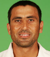 Younis Khan scored a fighting 87